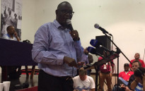Axed general secretary Zwelinzima Vavi addressed a council in Salt River in his first public address since his booting from Cosatu on 9 April 2015. Picture: Monique Mortlock/EWN