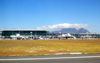 Table Mountain provides a backdrop to the Cape Town International Airport as viewed from the runway. Picture: Andres de Wet/Wikimedia Commons.