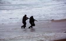 FILE: SANDF Special Forces infiltrate a beachhead in Durban, as part of a public Capability Display, during the SS Mendi memorial. Picture: Thomas Holder/EWN