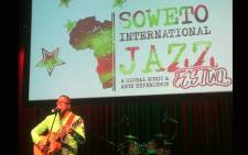Ernie Smith performs at the Soweto International Jazz Festival press briefing on 23 May 2018. Picture: Winnie Theletsane/EWN.