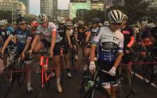 Cape Town Cycle Tour riders lining up at the starting line on Sunday morning. Picture: Twitter/@CTCycleTour.