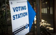 FILE: A voting station sign was put up at the Capital Hill primary school in Pretoria during voter registration on 6 March 2016. Picture: EWN