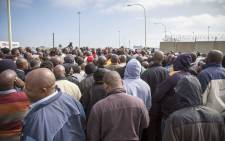 FILE: Metered taxi drivers meet at the OR Tambo airport to discuss their way forward from after they blocked main roads to the airport in protest of Uber. Picture: Thomas Holder/EWN.