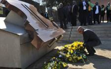 President Jacob Zuma laying a wreath at June 16 victim Hector Pieterson Musium in Soweto. Picture: GCIS.
