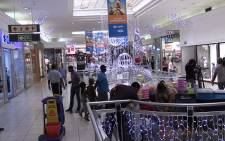 South African's visiting shopping mall's over the festive season. Picture: Vumani Mkhize/EWN.