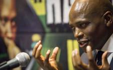 Hlaudi Motsoeneng addresses musicians and members of the media at the Milpark Garden Court on his current disciplinary process. Picture: Thomas Holder/EWN