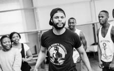 Dancer and actor Andile Gumbi leading the cast of 'King Kong' during rehearsals. Picture: www.thefugard.com.