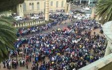 FILE: Pupils gather outside the Gauteng Legislature during a protest demanding better quality education. Picture: Twitter.