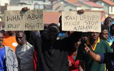Olievenhoutbosch residents protest against taxi drivers who prevented them from using Tshwane municipal buses in the morning. Picture: Taurai Maduna/EWN
