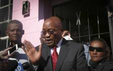 FILE: President Jacob Zuma addresses community members during his visit to the family of murdered three-year-old Courtney Pieters in Elsies River in Cape Town. Picture: Cindy Archillies/EWN.