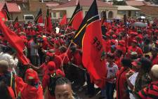 Economic Freedom Fighters supporters outside the home of lat struggle stalwart Winnie-Madikizela Mandela on Tuesday 3 April 2018. Picture: Ihsaan Haffajee/EWN