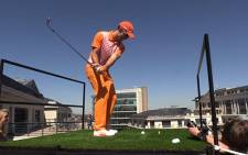 Ahead of the Nedbank Golf Challenge in December, Nedbank hosted an Extreme Golf challenge at the the top of their offices in Sandton. Picture:Vumani Mkhize/EWN