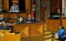 President Jacob Zuma answers a question from the DA's Lindiwe Mazibuko in Parliament. Picture: GCIS.