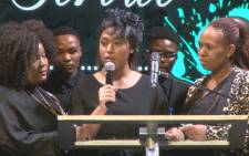Simphiwe Ngema gives an emotional tribute to late husband Dumi Masilela. Picture: Kgothatso Mogale/EWN.