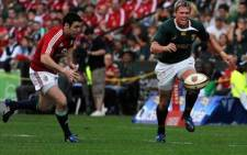 Springbok centre Jean de Villiers misses a chance to score a try in the first test against the British and Irish Lions. Picture: Wessel Oosthuizen/SAPA