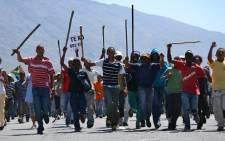 Protesting farm workers march through the De Doorns town centre on 6 November 2012. Picture: Aletta Gardner/EWN