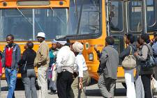Residents in Pretoria wait to board buses. Picture: Taurai Maduna/Eyewitness News