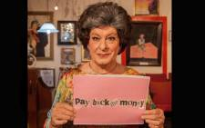 Tannie Evita Bezuidenhout urges the president to 'Pay back the money' with her twitter hashtag #CommitYourSelfie. Picture: @TannieEvita