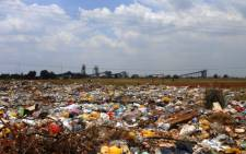 Rubbish piles up in the Bekkersdal area of Westonaria. Picture: Emily Corke/EWN.