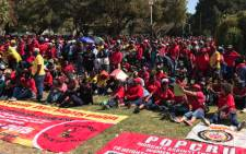 People gather for Cosatu's May Day rally in Bloemfontein on 1 May 2017. Picture: Clement Manyathela/EWN.