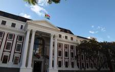 Two MPs refused to retract statements that Pieter Groenewald of the FF+ is a land thief.