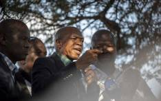 Supra Mahumapelo pictured addressing supporters underneath a thorn tree in Mahikeng before the ANC has placed him on precautionary leave, on 9 May 2018. Picture: Picture: Thomas Holder/EWN