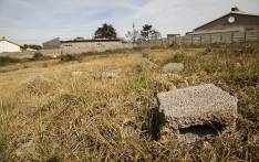 Bricks lie strewn in an vacant piece of land in Ennerdale where many land invasions have taken place over the past few years. Picture: Reinart Toerien/EWN