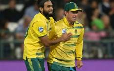 FILE: Proteas spinner Imran Tahir celebrates a wicket with AB de Villiers. Picture: Twitter @OfficialCSA