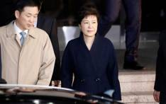 South Korea's ousted leader Park Geun-hye leaves a prosecutor's office in Seoul on 21 March, 2017. Picture: AFP.
