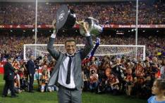 Barcelona Coach Luis Enrique holds the King's Cup on 27 May 2017. Picture: @FCBarcelona.