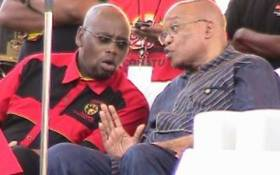 President Jacob Zuma speaks to COSATU president Sdumo Dlamini at the federation's 25the anniversary celebrations. Picture: Tshepo Lesole/Eyewitness News