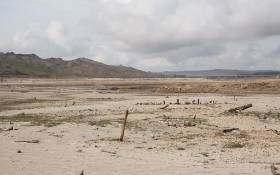 The Theewaterskloof dam, a dry landscape as the Western Cape is gripped by a water crisis. Picture: Bertram Malgas/EWN