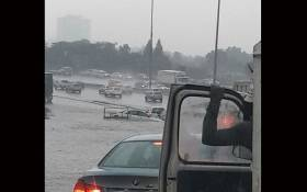 Gauteng motorists have been affected by the heavy downpours with some vehicles reportedly stuck in the water. Picture: Arrive Alive.