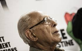 FILE: Anti-apartheid struggle stalwart Ahmed Kathrada looks on as Palestinian Liberation Front veteran Leila Khaled speaks during a  press conference on 6 February 2015 in Johannesburg. Picture: AFP.