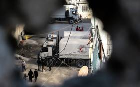 A view of Syrian Arab Red Crescent, a humanitarian non-profit organisation, personnel delivering aid in Eastern Ghouta, Syria. Picture: @SYRedCrescent/Twitter.