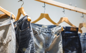 Senseless Survey: 100s of people wearing clothing you tried on but never bought