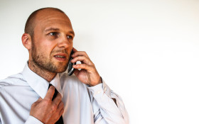 Whackhead's Prank: May I speak to Mr Dumfart please?