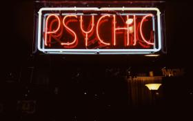 Linda and Janine's reading with Psychic Medium John Edward