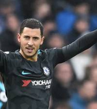 Hazard nets double as Chelsea ease to victory at Brighton