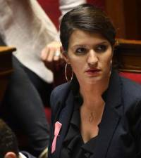 Minister: France gets serious over sexual harassment