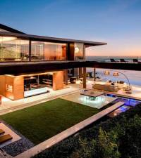 Cape Town home to 9 of the 10 richest suburbs in SA