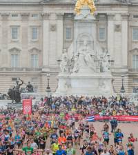 London Marathon runner dies in hospital - organisers