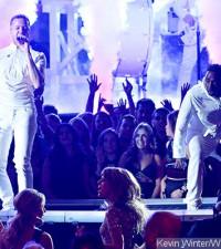 Video:Imagine Dragons and Kendrick Lamar Team Up to Perform at Grammys
