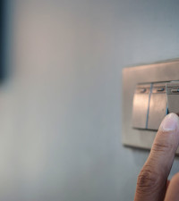 Experts give conflicting versions of how to bill customers for electricity