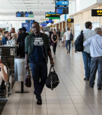 Test revealed traveller in Cape Town did not have variant found in India: Cloete