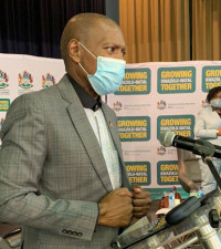 Health Dept launches vaccine self-registration system for people over 60