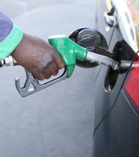 A slight break for motorists: AA predicts fuel price drop next month