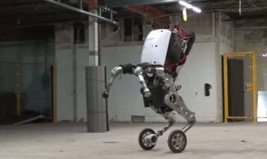 Google unveils its 'nightmare-inducing' robot