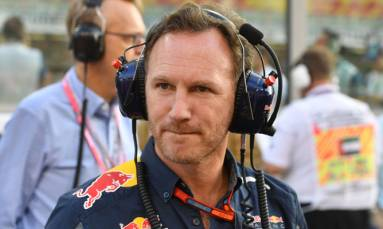 Horner says new F1 cars let down by 'shark fins'
