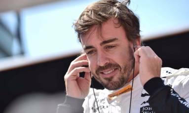 Dixon wins Indy pole, Fernando Alonso starts fifth